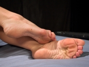 ebony-slave-girl-feet-worship-4